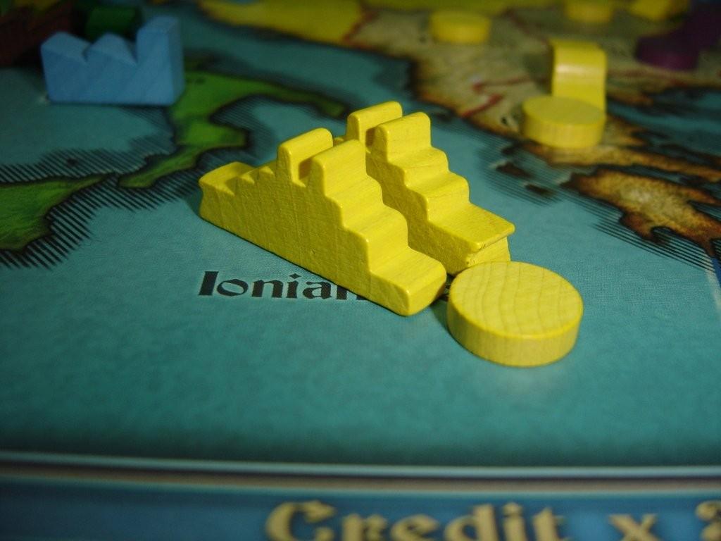 Fini de rire, l'Autriche a produit des unités navales qui défendent la mer ionienne. Nobody expects the Austrian Navy!